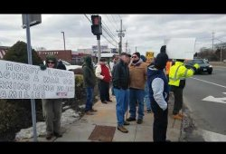 Laborers 66 Rallies against Hobby Lobby